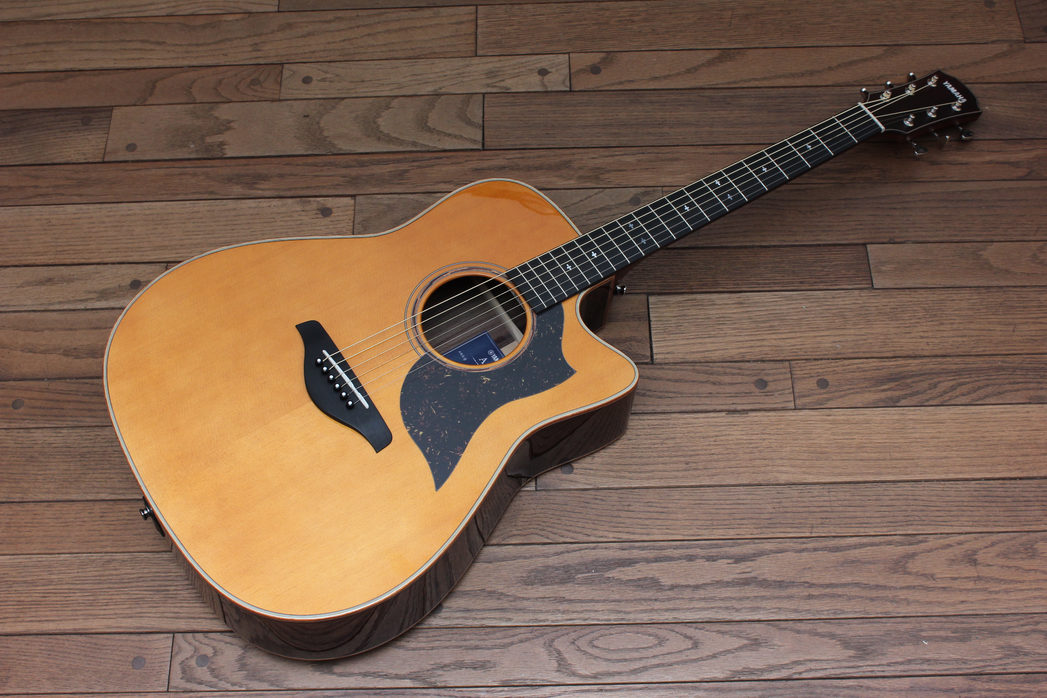 yamaha a5r are acoustic electric guitar guitars united. Black Bedroom Furniture Sets. Home Design Ideas